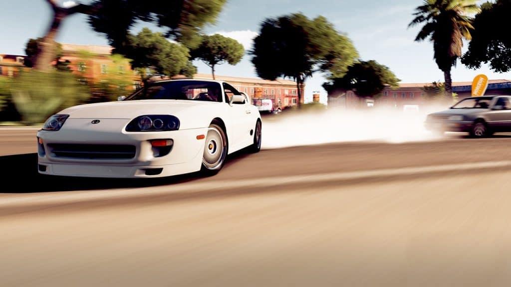 Imagem do jogo Forza Horizon para Xbox One.