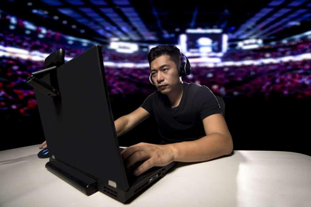 Imagem de um gamer.