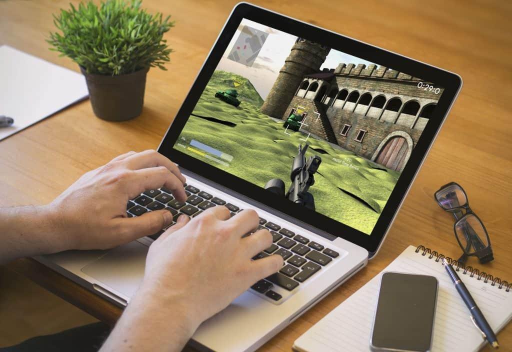 Imagem de um notebook gamer.