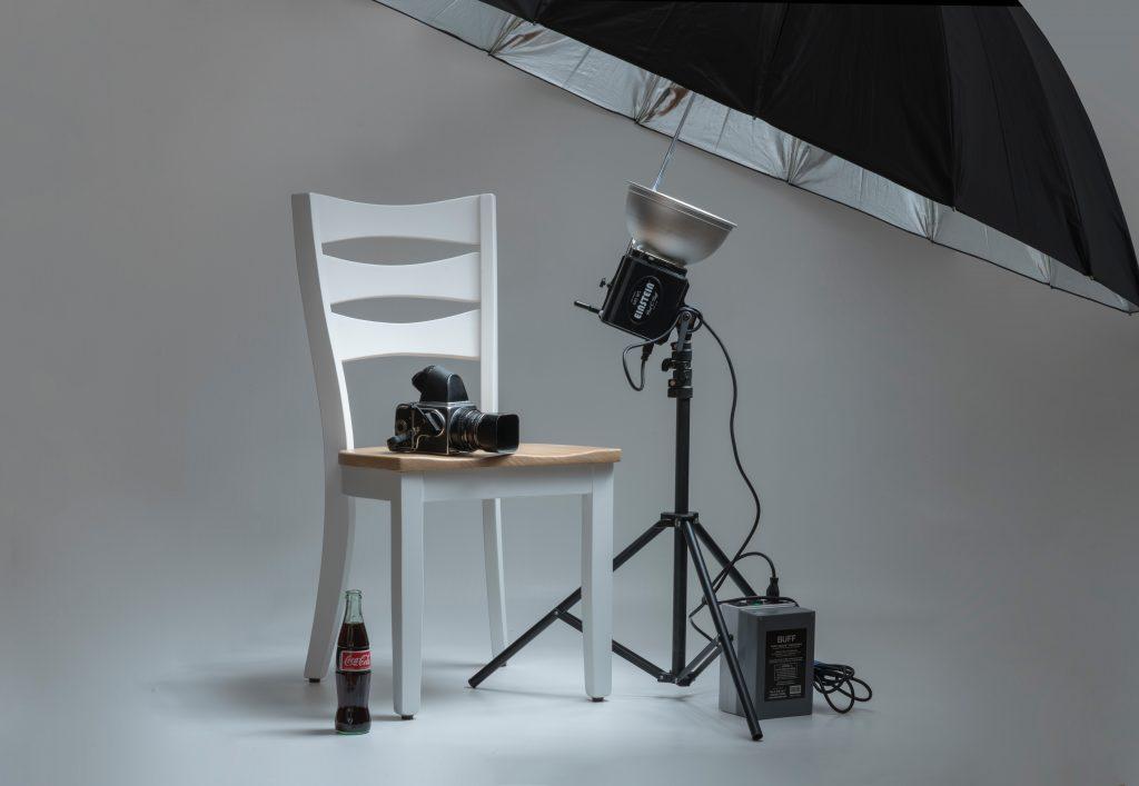 Imagem de equipamentos fotográficos.