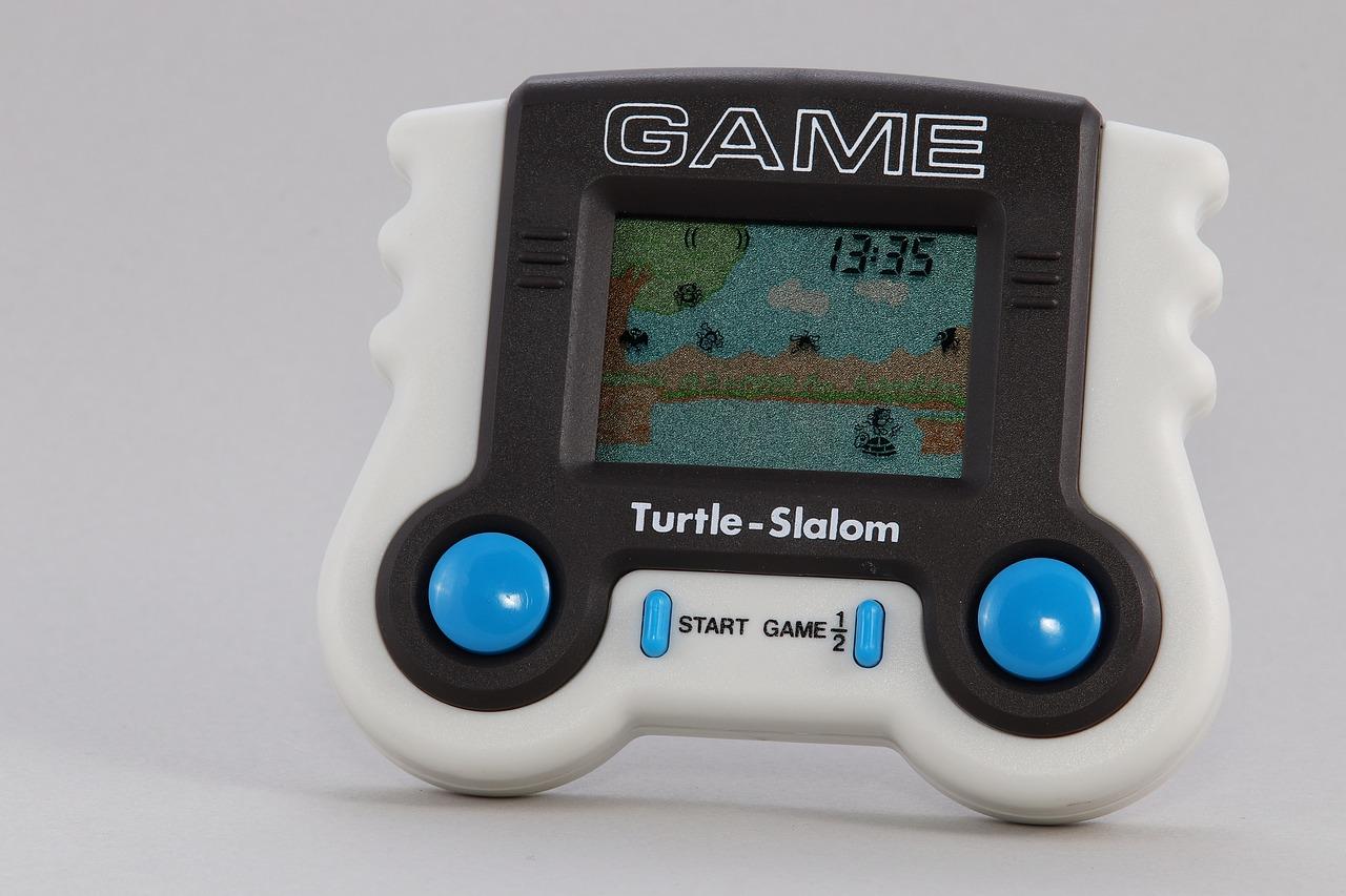 Imagem mostra um mini game de apenas um jogo em destaque.