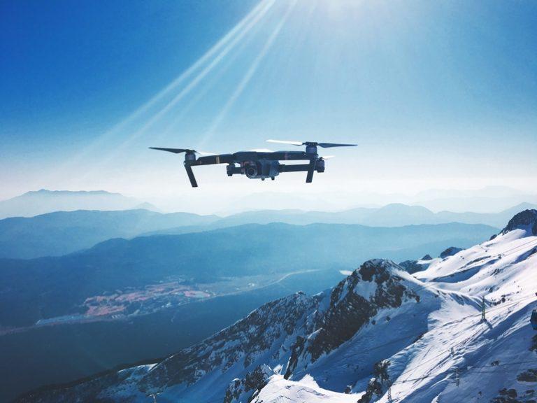 Drohne mit Kamera-1
